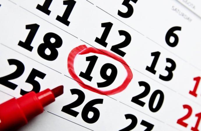 Почему месячные идут 2 раза в месяц: причины
