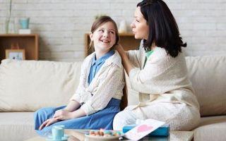 Когда и как правильно рассказать ребенку о месячных