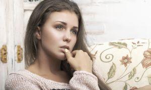 Почему может болеть живот после окончания менструации