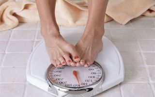 Причины набора веса перед и во время месячных